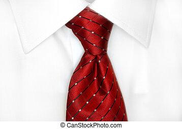 camicia bianca, cravatta rossa