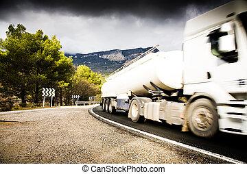 caminhão, estrada