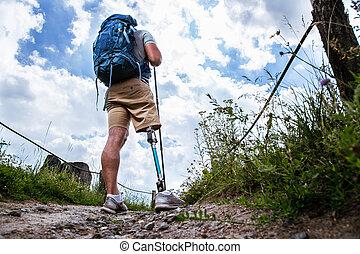 caminho, sporty, vista, prótese, jovem, parte traseira, ficar, homem