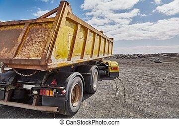 camion, jaune, décharge