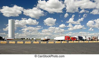 camiones, terreno, estacionamiento