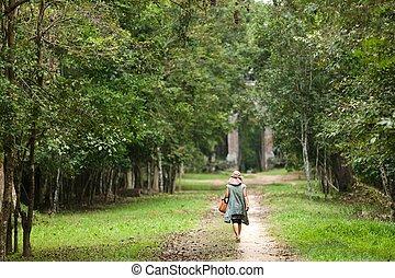 camminare, donna, foresta