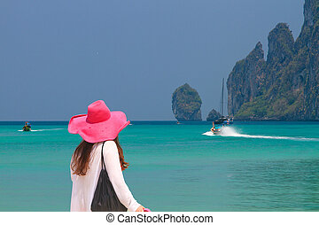 camminare, donna, spiaggia, giovane