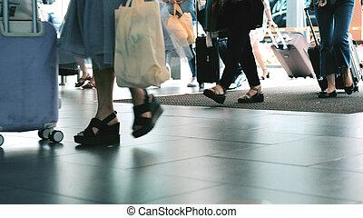 camminare, persone, terminale, aeroporto, unrecognizable, baggages