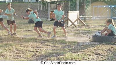 camp, groupe, botte, caucasien, formation, enfants