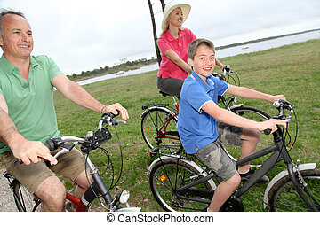 campagne, équitation, bicycles, famille