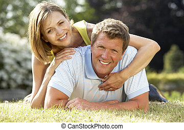 campagne, amusement, couple, jeune, avoir