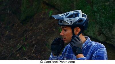 campagne, casque, forêt, homme, 4k, porter