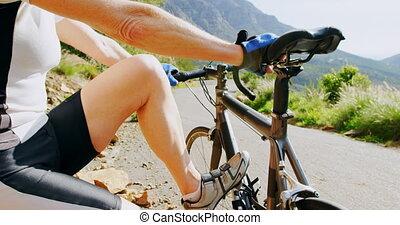 campagne, cycliste, délassant, vélo, 4k, personne agee