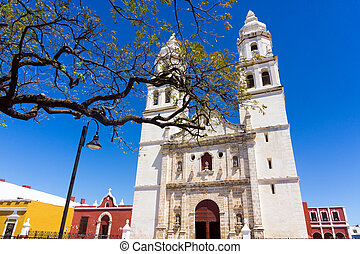 Our Lady of the Immaculate Conception Cathedral on the main plaza in Campeche, Mexico
