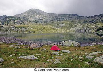 campeggio, su, il, montagna