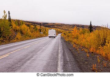 campervan, guida, autunno, cadere, autostrada, yukon, canada
