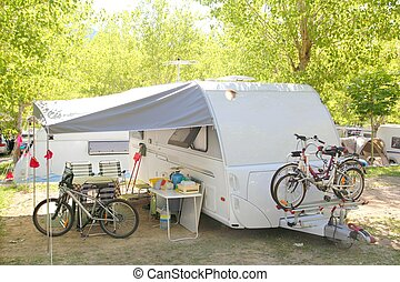 camping, caravane, campeur, parc, arbres, bicycles