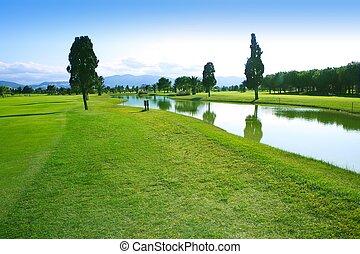 campo golfe, grama verde, campo, reflexão lago