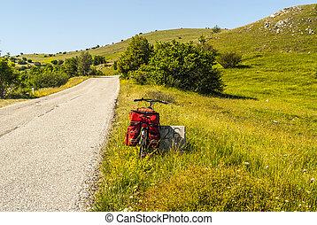 Campo Imperatore, the road