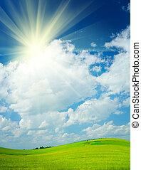 campo, y, cielo nublado, y, sol, en, un, escena rural