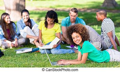 campus, grupa, studenci, badając