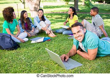 campus, studenci, badając, uniwersytet