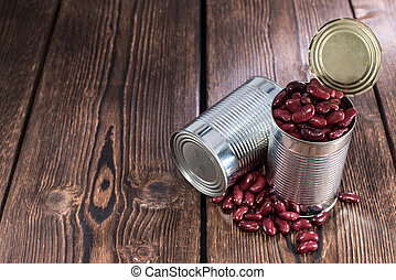 Can with Kidney Beans on wooden background