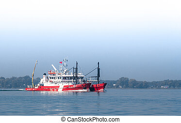 Canadian Coast Guard Ship in the St-Lawrence River. - CCGS F...
