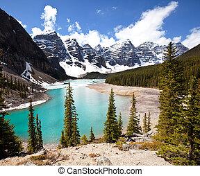Canadian lake - Moraine lake in Canada