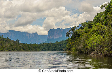 canaima nemzeti dísztér, venezuela