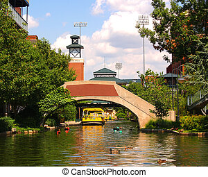 Canal - A canal in Oklahoma City\'s Bricktown