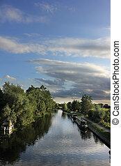 Canal and narrow boats