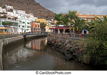Canal in Puerto de Mogan