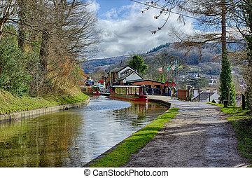 canal, llangollen