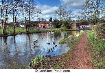 canal, worcestershire