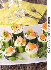 canape, com, pepino, e, salmão
