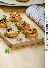 Canap?s puff pastry