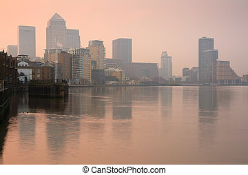 Canary Wharf, London. - Looking towards Canary Wharf from...