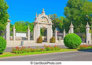 cancello principale, in, buen retiro, parco, (parque, de,...