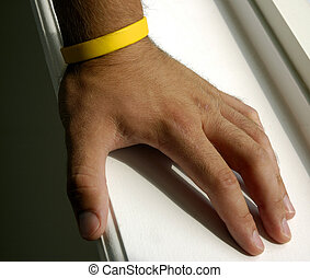 Cancer Cure - Yellow Wristband For Lance Armstrongs Cancer...