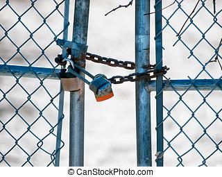 candados, y, cadena, en, puerta