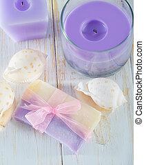 candela, sapone