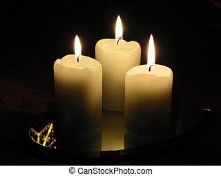 candele, 3