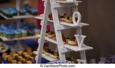 Candy Bar Wedding wedding cake