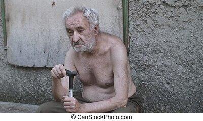canne, vieux, mendiant, séance, triste, rue, homme