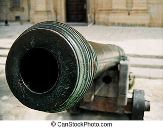 Cannon - A cannon, found in the main square of Mdina, the...