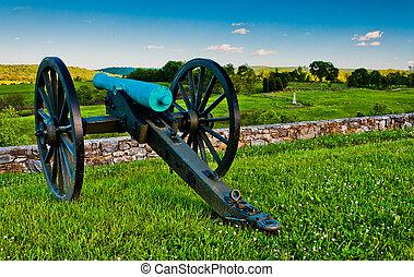 Cannon and battlefields in Antietam National Battlefield, Maryland.