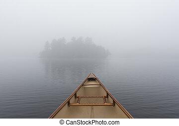canoë, arc, sur, a, brumeux, lac, -, ontario, canada