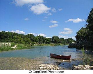 Cano� Guadalupe river - canoe sur la guadalupe river au...