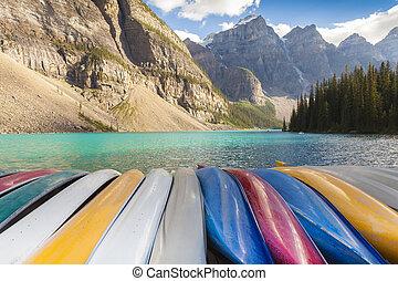canoas, lago moraine, canadá