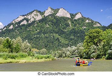 Canoe trips on river Dunajec, Slovakia - CERVENY KLASTOR,...