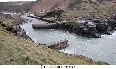 Canoes paddling Boscastle cornwall - Canoes paddling between...