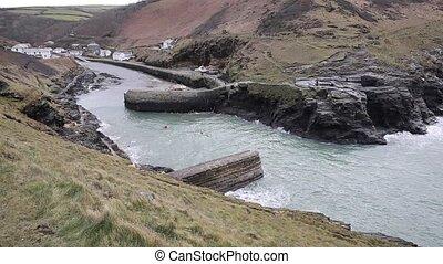 Canoes paddling Boscastle cornwall - Canoes paddling between...