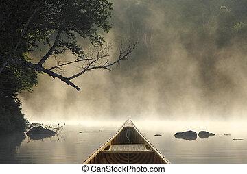 canoismo, su, uno, nebbioso, lago